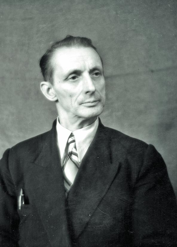 Фотограф Дербенёв Василий Ефимович (1899–1980)