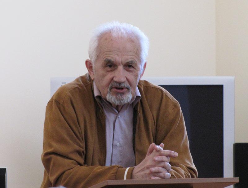 Юрий Любопытнов. Автор книги