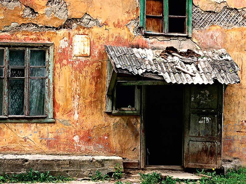 Более 160 жителей Хотькова переселят из аварийного жилья