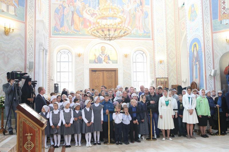 Хотьково. Празднование 25-летия возобновления монашеской жизни Покровского монастыря 10 сентября 2017